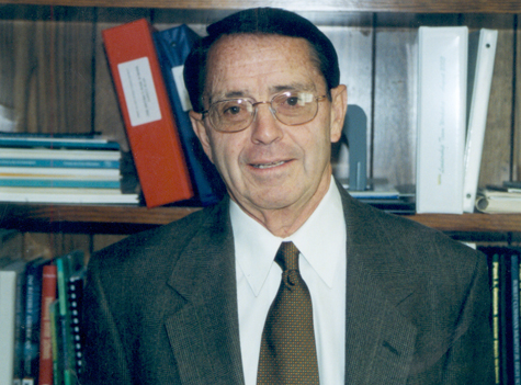 Frank Carasiti, namesake for Rocky Point school, dies at 78