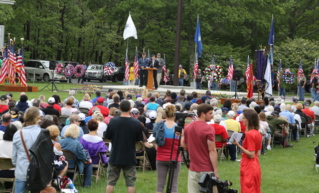 Hundreds attended Monday's service in Calverton. (Credit: Grant Parpan)