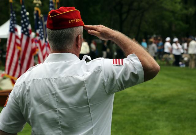 A salute. (Credit: Grant Parpan)