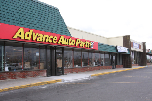 BARBARAELLEN KOCH PHOTO | Advance Auto Parts recently opened on Route 58 in Riverhead.