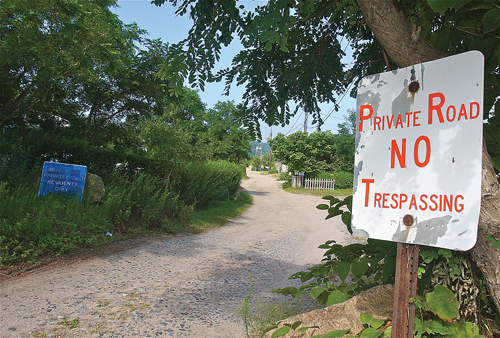 An application by the Department of Environmental Conservation for a four-car parking lot at the end of Beach Way, a private road in Baiting Hollow, has prompted nearby homeowners to sue the state agency. (Credit: Barbaraellen Koch)
