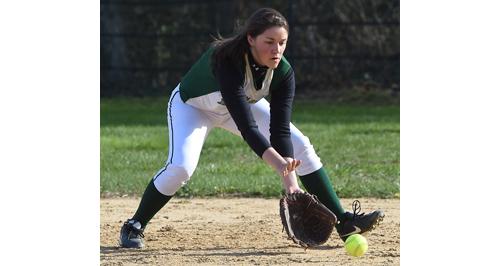 Bishop McGann-Mercy first baseman Jackie Zaweski fielding a ground ball for an out. (Credit: Robert O'Rourk)