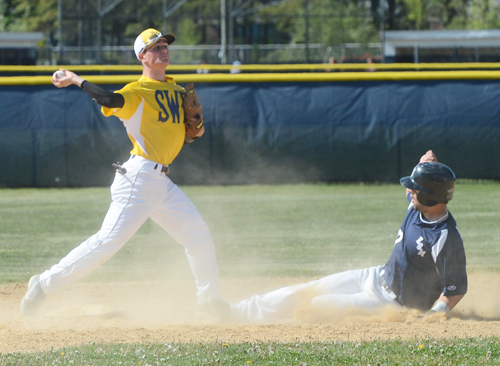 Baseball: Early offense fuels Eastport past SWR in playoffs