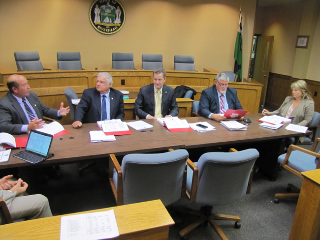 Town Board members discuss the budget Thursday. Tim Gannon photo.