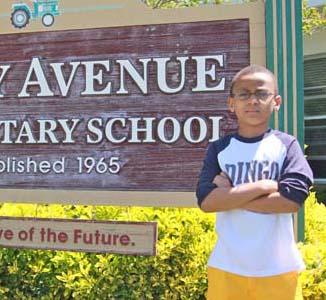 Dingo rap American student