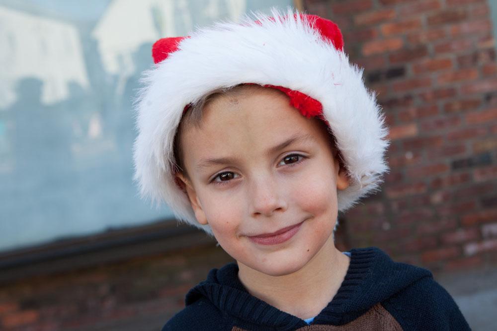 Christmas_parade_RHD_ss_03