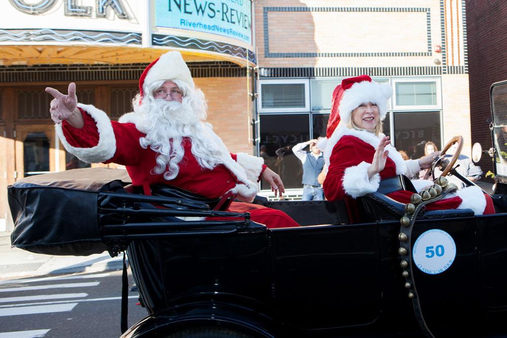 Christmas_parade_RHD_ss_15