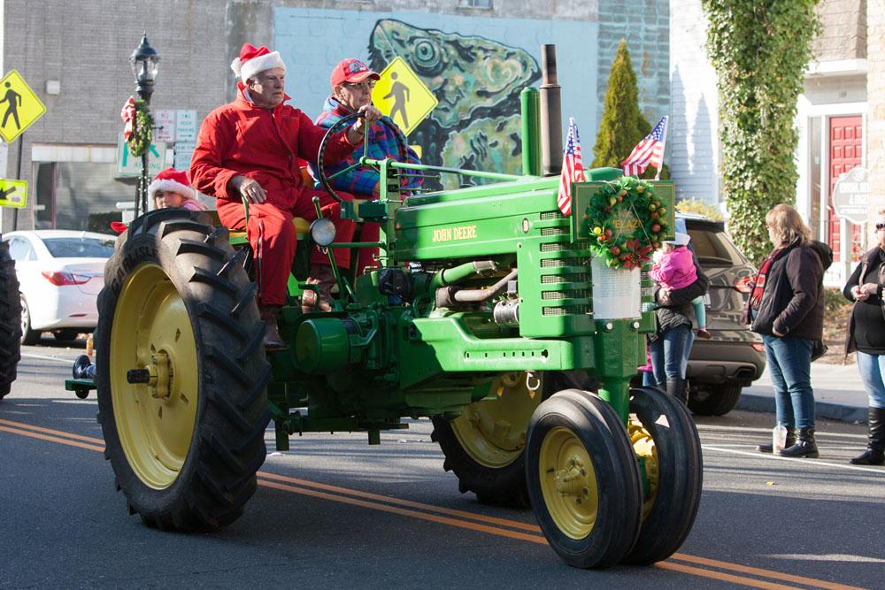 Christmas_parade_RHD_ss_28