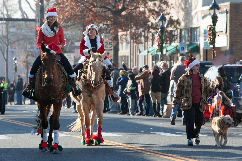 Christmas_parade_RHD_ss_32
