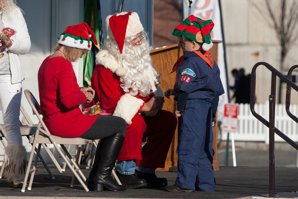 Christmas_parade_RHD_ss_35