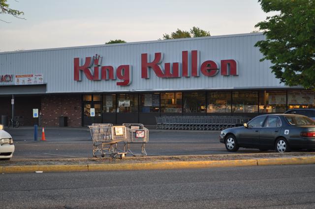 Riverhead King Kullen pedestrian
