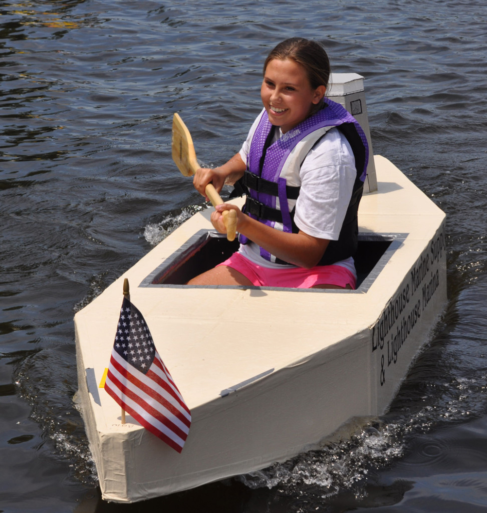 Julia Galasso won in a boat made by her grandfather, Lightouse Marina owner Larry Galasso. (Credit: Grant Parpan)