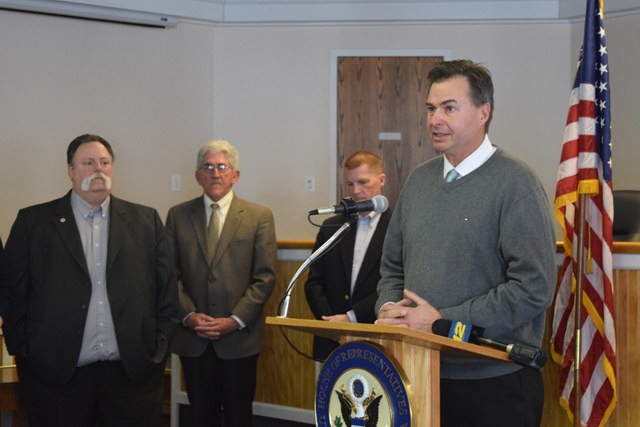 County Legislator Al Krupski spoke about the importance for unity among municipalities in the fight against helicopter noise. (Credit: Vera Chinese)