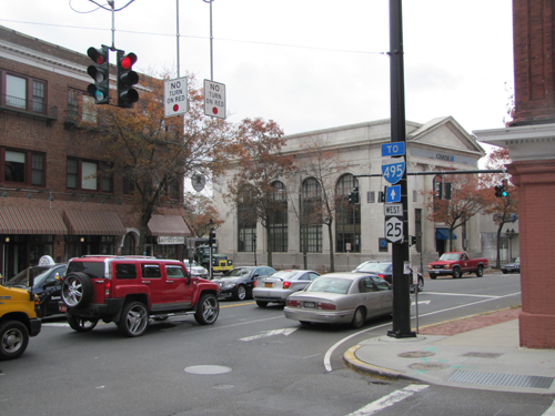 The corner of Roanoke Avenue and East Main Street downtown. (Credit: Tim Gannon, file)