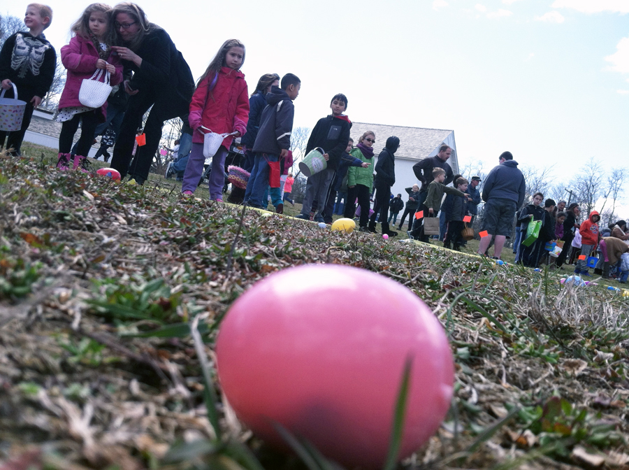 Children at the starting line before Saturday's egg hunt. (Credit: Michael White)