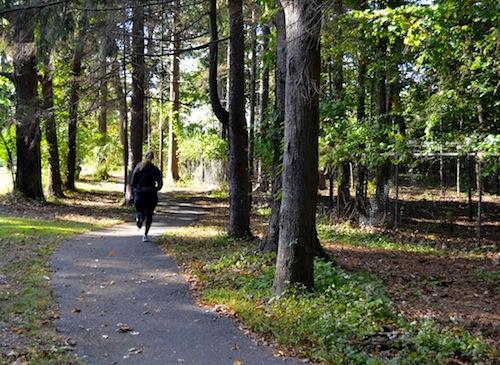 Emily Bosworth running away