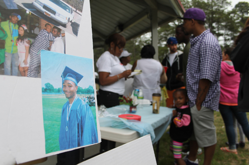 PAUL SQUIRE PHOTO  |  Demitri Hampton's memory was honored Saturday at a fundraiser for a scholarship in his name.