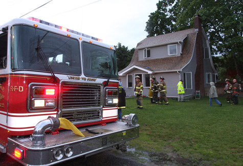 BARBARAELLEN KOCH PHOTO | A small fire in a basement laundry room tripped a smoke alarm Tuesday evening.