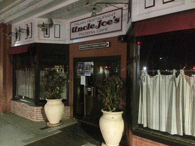Uncle Joe's pizzeria was robbed at gunpoint Tuesday night. (Credit: Grant Parpan)