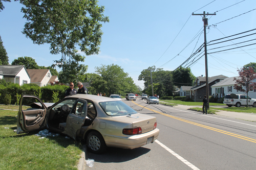 Driver hits telephone pole, crash closes Northville Turnpike