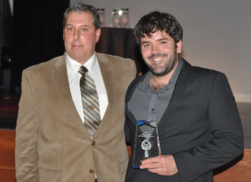 PAUL SQUIRE PHOTO | Award presenter Robert Bugdin with John Condzella of Condzella Hops, right.