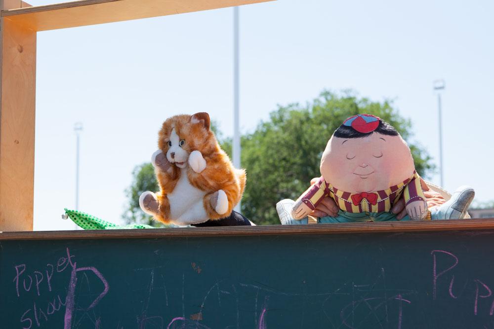 Puppet show. (Credit: Katharine Schroeder)