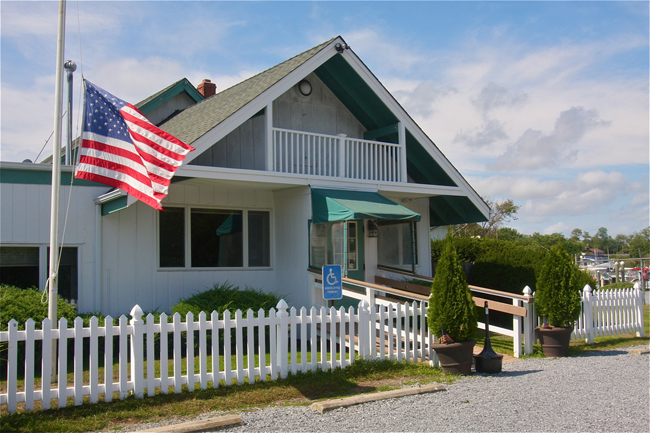 The Meeting House Creek Inn in Aquebogue is seeking to expand its second floor, although not to add more seats. (Credit: Barbaraellen Koch)