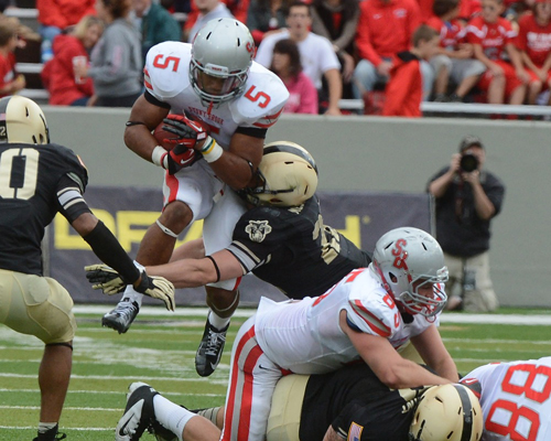 Stony Brook running back Miguel Maysonet, a Riverhead High graduate, rushed for 220 yards against Army this season.