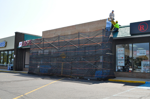 Moe's Southwest Grill is moving into the storefront formerly occupied by Ground Round, pictured, Sept. 18.  (Rachel Young photo)