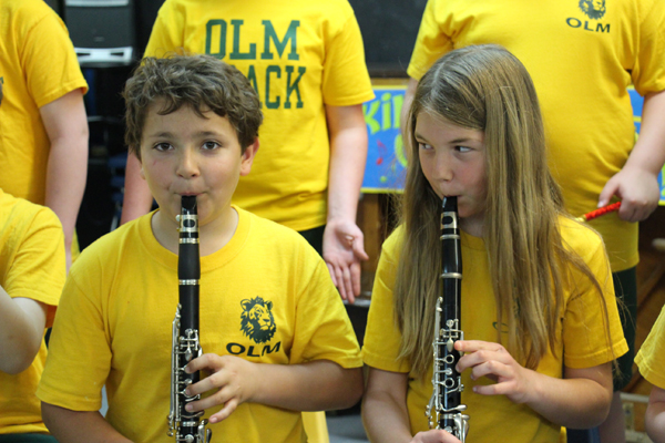 OLM Band Close up