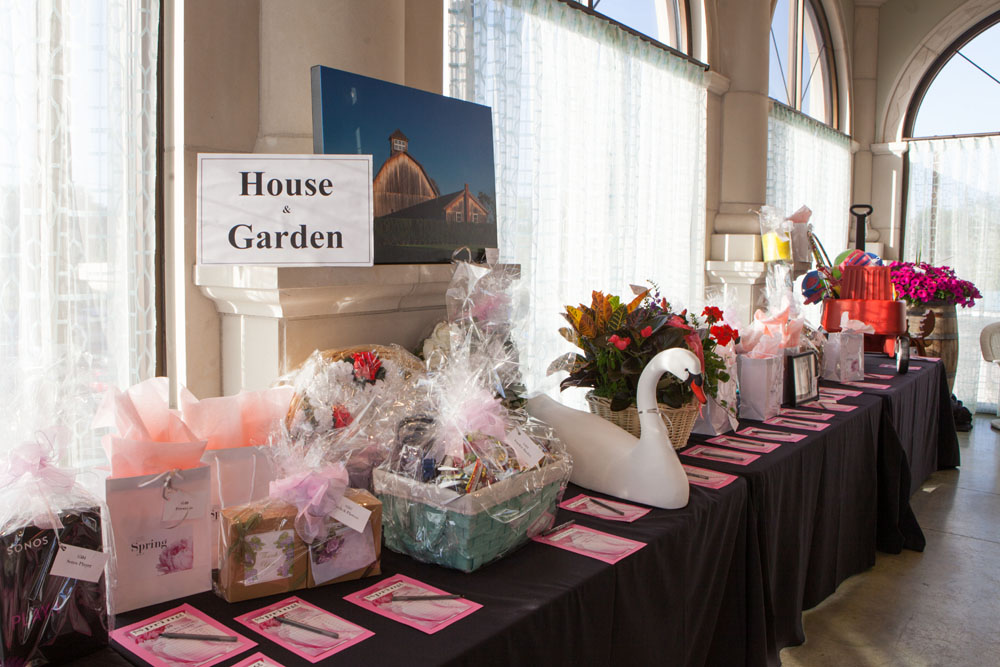 House and Garden auction items.