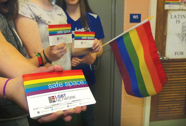 R0526_foto_LGBT_BE_C.jpg