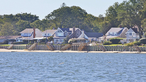 Waterfront homes in Jamesport along the bay. (Credit: Barbarellen Koch, file.)