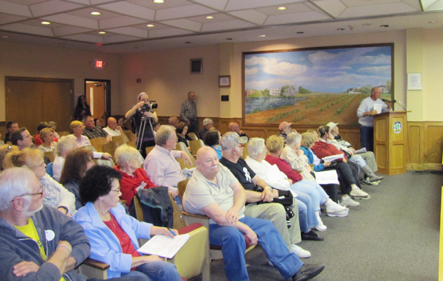 The crowd at Tuesday's night Town Board meeting. (Credit: Tim Gannon)