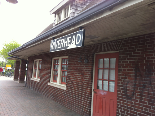 The Riverhead train station remains unoccupied. (Credit: Tim Gannon)
