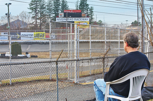 Free view of Riverhead Raceway won't last for long