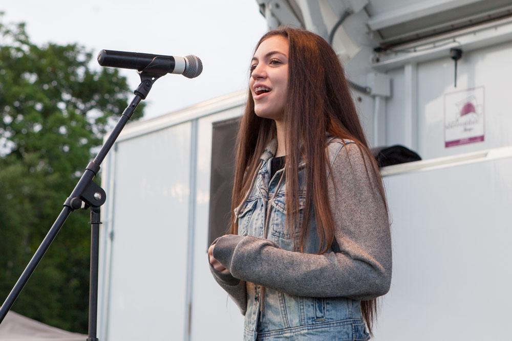 Chloe Piscatello of Mattituck sings the national anthem. (Credit: Katharine Schroeder)