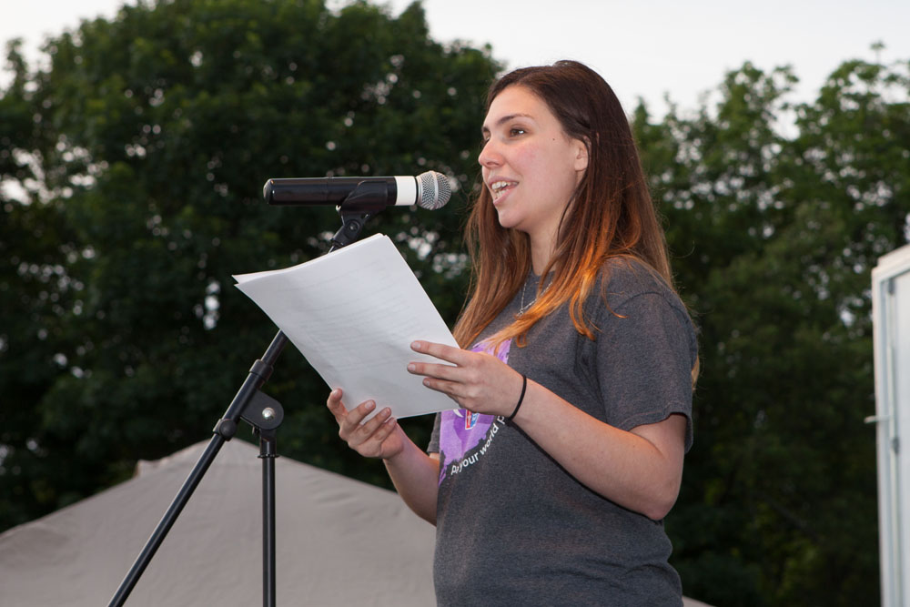 Brittany Didonato, American Cancer Society staff partner for the event, addresses the crowd. (Credit: Katharine Schroeder)