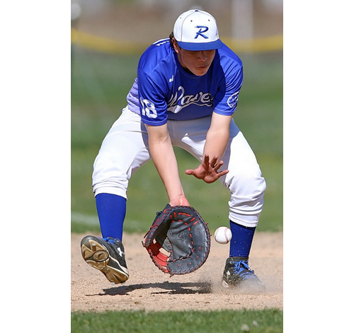Riverhead baseball player Scott Thompson 042716