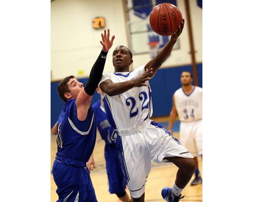 Riverhead basketball player Troy Goode Jr. 011216
