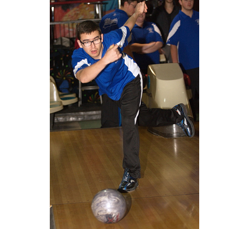 Forrest Vail had a 486 series for Riverhead, which swept Southold in three games at Wildwood Lanes in Riverhead. (Credit: Garret Meade)