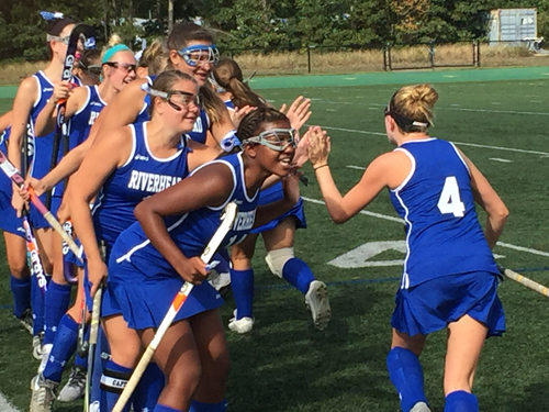 Riverhead field hockey 091716