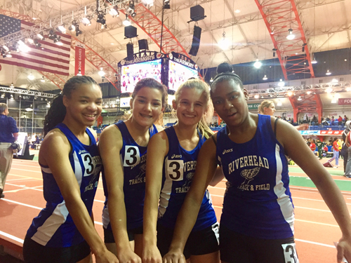 Riverhead girls winter track 011617