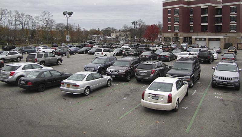 R1126_parking_tg_C.jpg