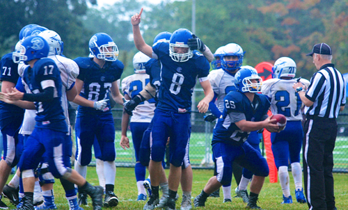 Riverhead quarterback Kyle Kelly 100816
