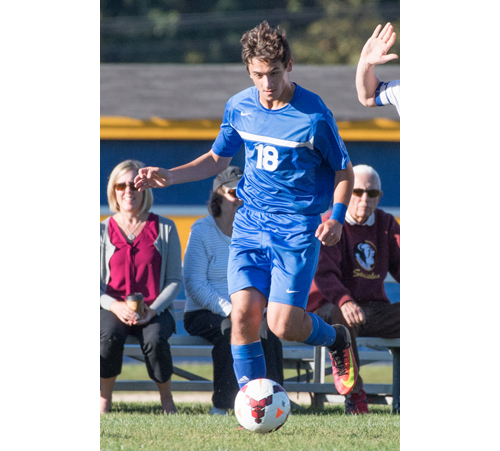 Riverhead soccer player Vincent Gattuso 100616