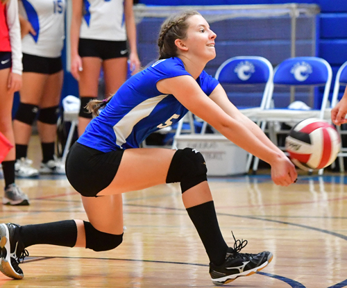 Riverhead volleyball player Casey Plitt 092716