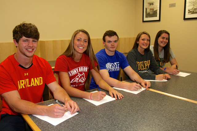 Riverhead_Signing