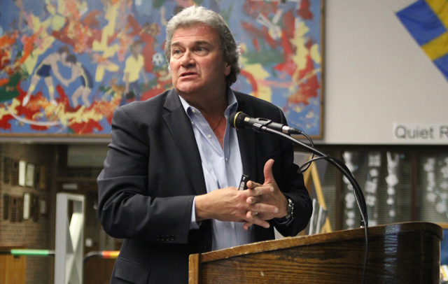 Roger Smith of BBS Architects speaks at Tuesday's Shoreham-Wading River Board of Education meeting. (Credit: Jen Nuzzo)