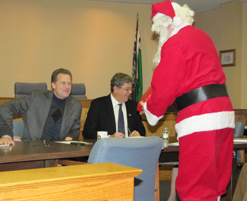 TIM GANNON PHOTO | Santa made a stop in Town Hall on Thursday.